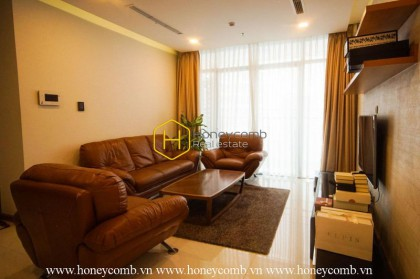 Luxurious decorated with 4 bedrooms apartment in Vinhomes central Park