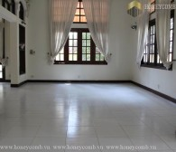 Fully furnished 4 bedrooms apartment with cool colored design in Villa Thao Dien