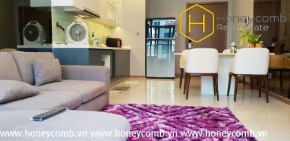 Modern style with 2 bedrooms in Vinhomes Central Park for rent