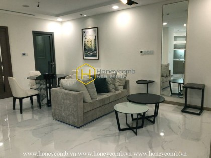 This apartment in Landmark81 Vinhomes Central Park guaranteed a spacious & bright living space