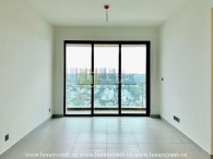 Try out the design of this Feliz En Vista unfurnished apartment