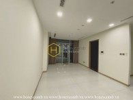 Spacious unfurnised apartment with prestigous location for rent in Vinhomes Central Park