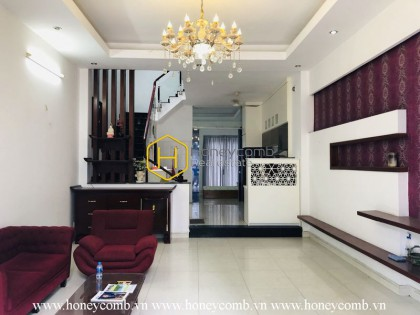 Cozy and modern designed townhosue for rent in District 2