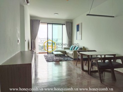 Be attracted by the gorgeous beauty of D ' Edge apartment