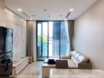 Enchanting apartment with deluxe interiors in Vinhomes Golden River