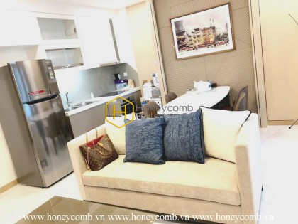 A harmonized combination of glamor and swag in Landmark81 apartment
